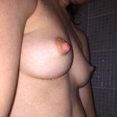 Lorenna16Love